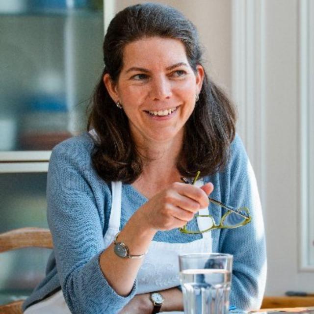 Catherine Correia
